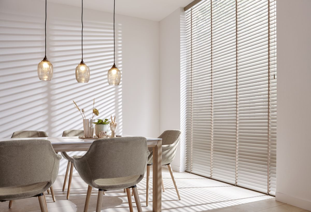 Wooden and bamboo venetian blinds made by protectsun amsterdam
